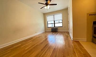 Living Room, 4552 N Clark Street Apt: 224, 0