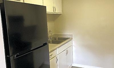 Kitchen, 462 Brentwood Dr, 1