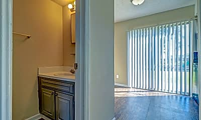 Bathroom, Lakeview, 2