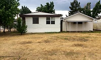 Building, 595 Magnolia Way, 2