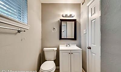 Bathroom, 4722 Reiger Ave, 2