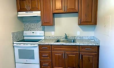 Kitchen, 2025 Wedekind Rd, 1