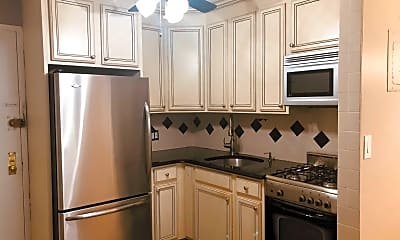 Kitchen, 175 Zoe St 1, 1