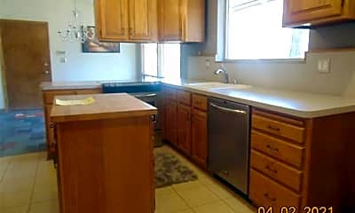 Kitchen, 23695 Oak Glen Dr, 1