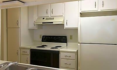 Kitchen, Hunters Glen, 2