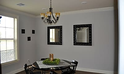 Dining Room, 3921 Creole St, 1