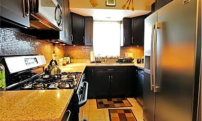 Kitchen, 18 Lake Shore Terrace, 0