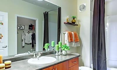 Bathroom, Skyview Ranch, 2