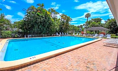 Pool, 330 NE Edgewater Dr 204, 2