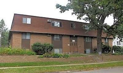 Building, 1012 E Burlington St, 0