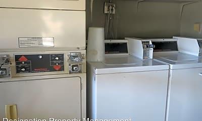 Kitchen, 168 W Elm Ct, 2