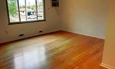 Living Room, 6397 Kingsdale Blvd, 0