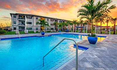 Pool, Coral Pointe at the Forum, 1