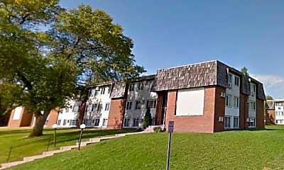 Building, Pike Lake Apartments, 0