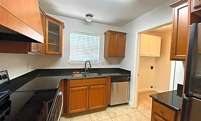 Kitchen, 215 Ship Dr, 1