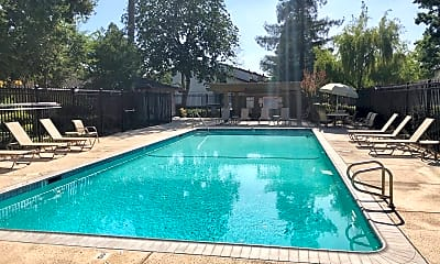 Pool, 2111 Rancho McCormick Blvd, 2