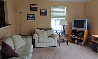 Living Room, 803 Mt Vernon Ave, 1