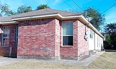 5019 Chapman St, 1