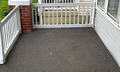 Patio / Deck, 1585 Mooberry St, 1