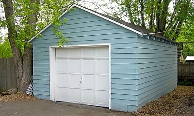 Building, 238 Loudoun St SW, 2