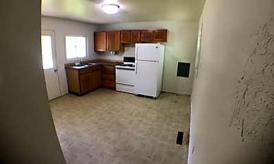 Kitchen, 322 N Arnold St, 2