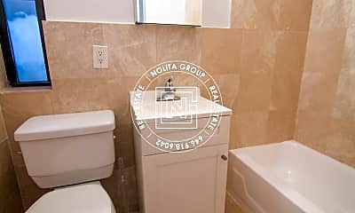 Bathroom, 236 Mulberry St, 2