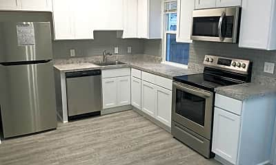 Kitchen, 1098 Old Clubhouse Rd, 0