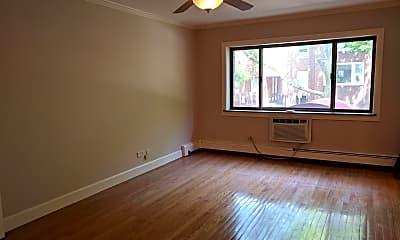 Living Room, 3620 N Pine Grove Ave APT 206, 0