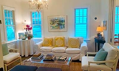 Living Room, 420 Tuttle Ave, 1