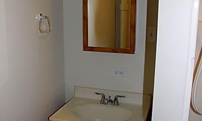 Bathroom, 7 N Main St, 2