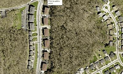 921 Highland Ave, 2