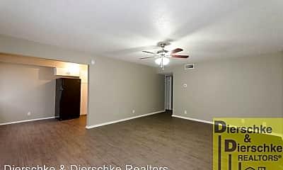 Living Room, 302 Allen St, 1