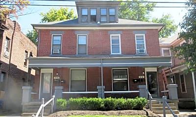 Building, 866 Dennison Ave, 1