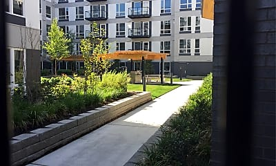 Hyde Square Apartments, 2