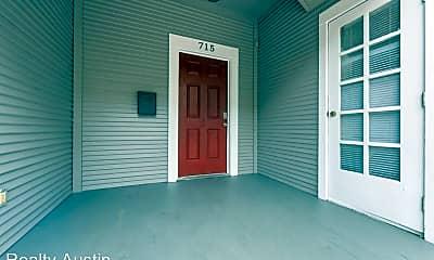 Building, 715 Graham Pl, 1