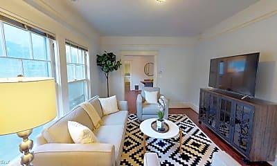 Living Room, 1618 NW Kearney St, 1