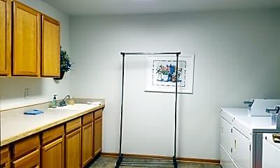 Living Room, 832 3rd St, 2
