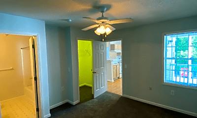 Living Room, 1303 Kent Rd, 2