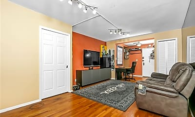 Living Room, 84-9 155th Ave 3F, 1