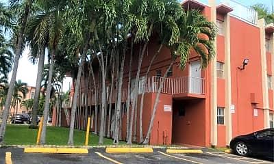 Airport Paradise Apartments, 2