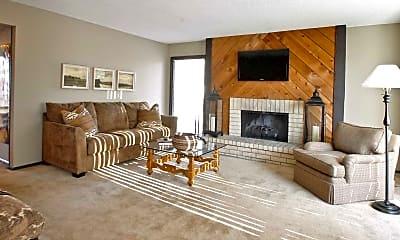 Living Room, Wau-Lin-Cree, 1