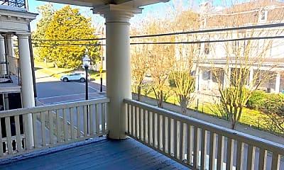 Patio / Deck, 307 Bank St, 1
