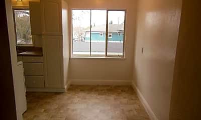 Bathroom, 407 Chestnut St, 2