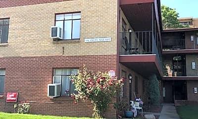 Building, 3651 S Cherokee St, 2