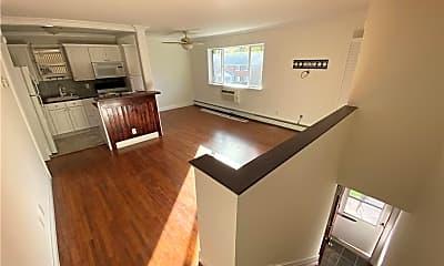 Kitchen, 36 Manor Dr 36, 1