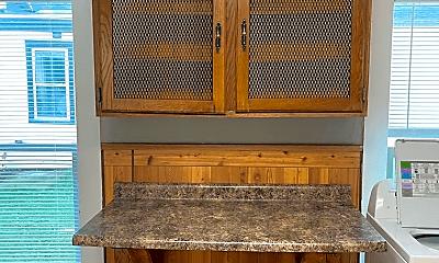 Kitchen, 912 Oxford Ave, 2