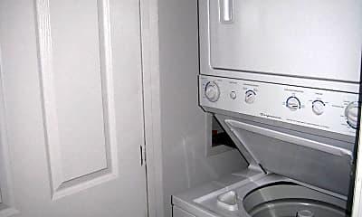 Bathroom, 5600 NE 80th Terrace Unit 1D, 2