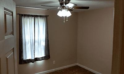 Bedroom, 1001 N 8th St, 2