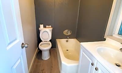 Bathroom, 224 Lester Ave, 2