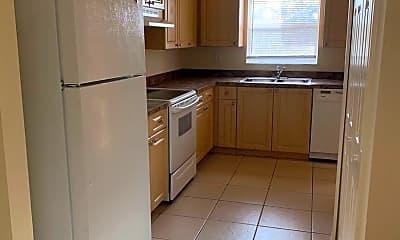 Kitchen, 3306 Skyline Blvd, 1